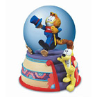 Garfield Musical Snow Globe, Puttin' On The Ritz