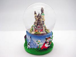 Neuschwanstein Castle Snow Globe 2 5h