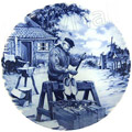 Delft Blue Decorative Plate - Clog Maker 9.5 D