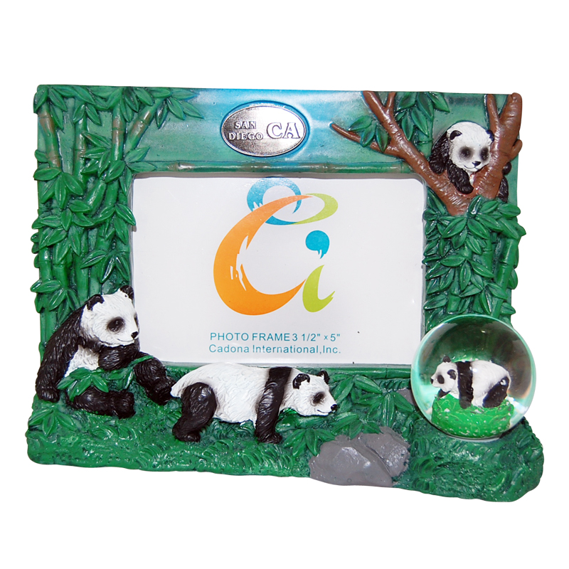San Diego Panda Picture Frame With Snow Globe 35 X 5 Photo